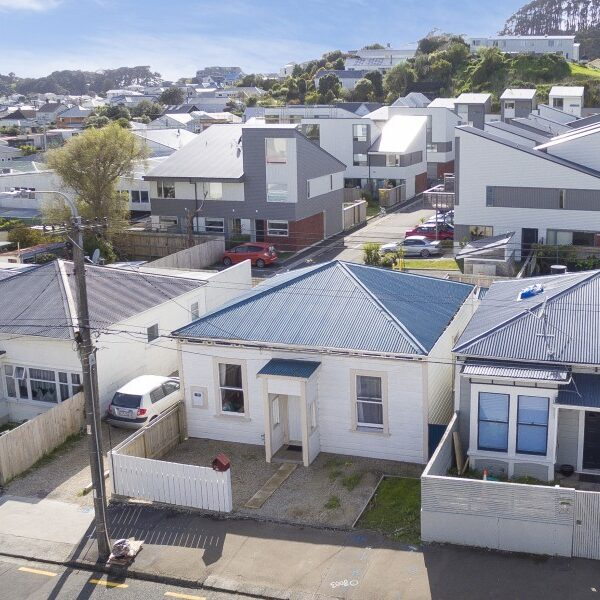 Create the cottage of your dreams! – 293 Mansfield Street, Newtown
